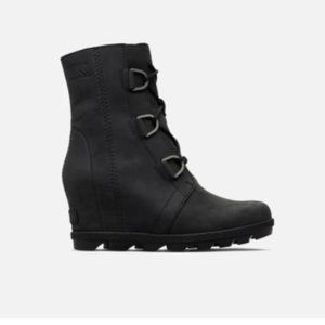 ISO: Looking for Joan of Arctic Sorel Black Boots